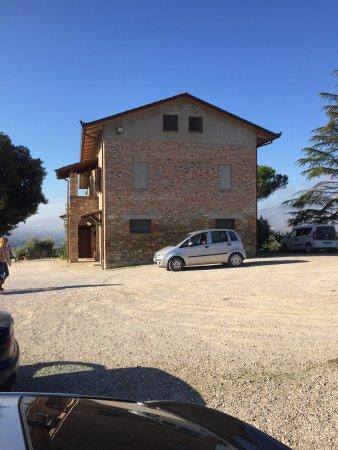 Province of Perugia, Italien: SAN FEDELE parcheggio