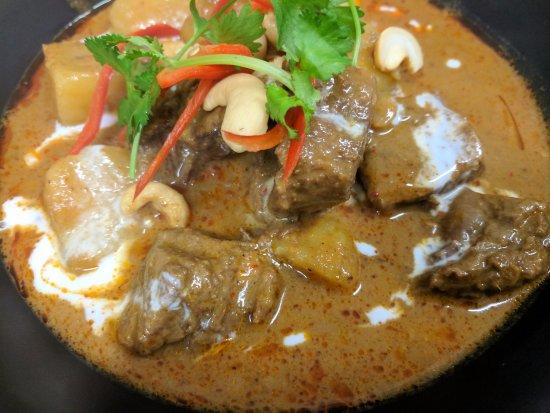 Burnie, Australia: Beef Massaman Curry