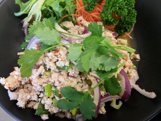 Burnie, Australia: Thai Chicken Salad (North Eastern Style)