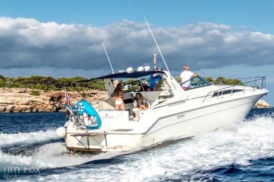 Hayes Charters: Speeding to next Cala