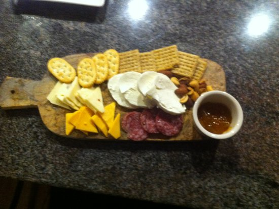 Rockville Centre, NY: cheese plate