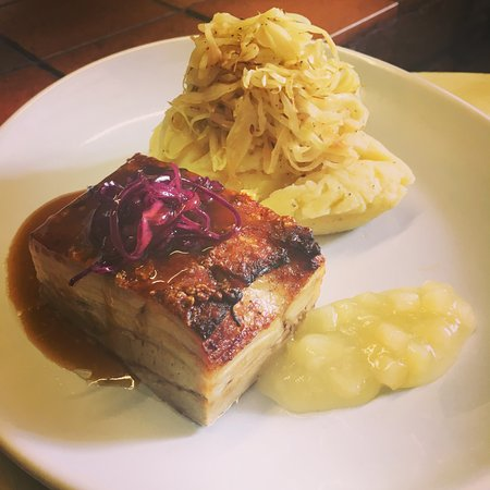 St. Neots, UK: Pork belly with Mashed Potato, Sautéed Cabbage, Gravy and Apple Sauce