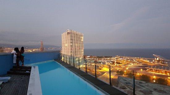 Barcelona princess hotel barcelone espagne voir les - Barcelone hotel piscine interieure ...
