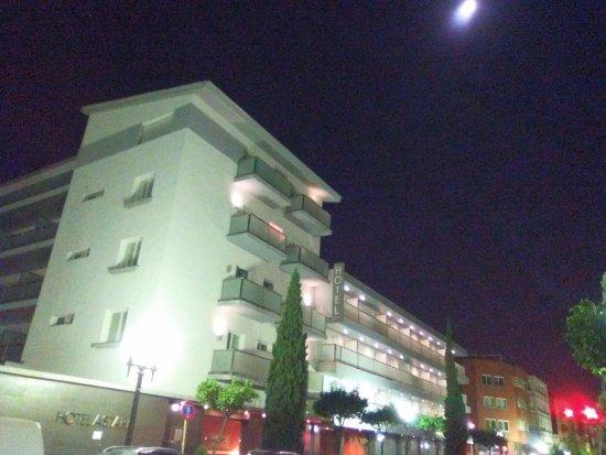 Astari Hotel: Fachada principal.