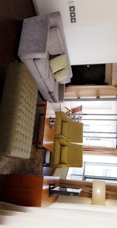 Mandela Rhodes Place Hotel: Snapchat-456701500_large.jpg