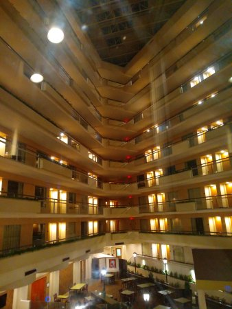 Embassy Suites by Hilton Secaucus - Meadowlands: IMG_20171015_231703_large.jpg