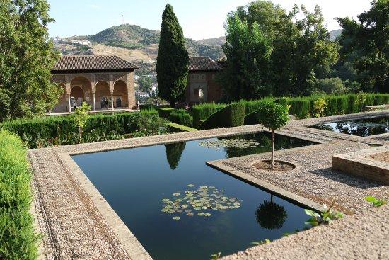 La Alhambra: Парталь, Альгамбра