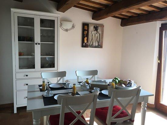 Ortezzano, İtalya: Sala colazione