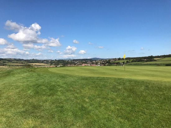 Bridport, UK: The 11th green