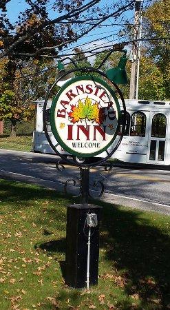 The Barnstead Inn: sign