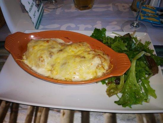 Labege, Frankrike: sole à la dieppoise avec beaucoup de pomme de terre dessous