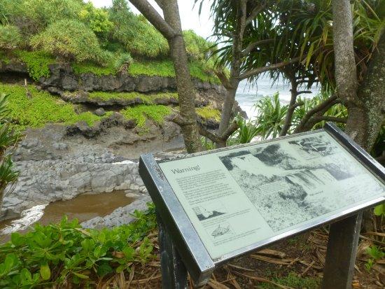 Kula, Χαβάη: Warning!