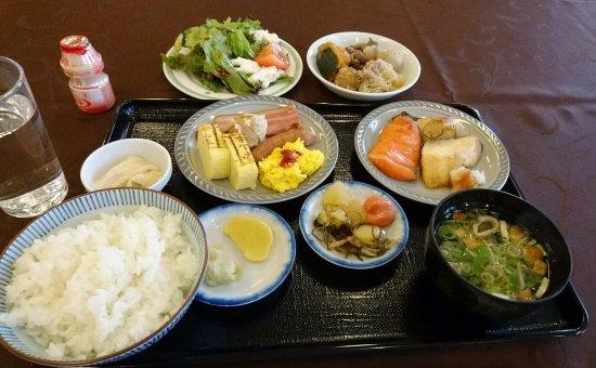 Hotel Sunplaza: 朝食バイキング