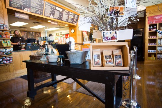 Terre Haute, IN: Clabber Girl Bake Shop Café - Shop Local Products