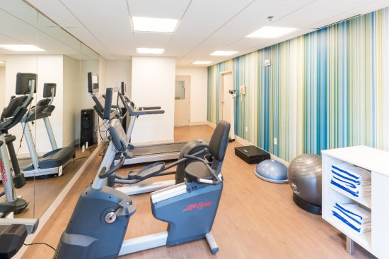 Holiday Inn Express Charleston : Fitness Center