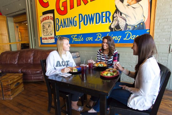 Terre Haute, IN: Dining at Clabber Girl Bake Shop Café
