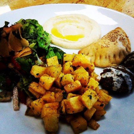 Saint-Lo, Frankrijk: assiette libanaise végétarienne