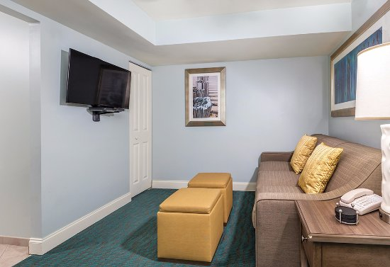 Wyndham Vacation Resorts Towers On The Grove Updated 2018 Prices Amp Condominium Reviews North