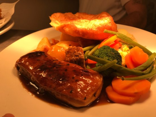 Beautiful food at the Nags Head in Welling. Sunday roasts are the best.