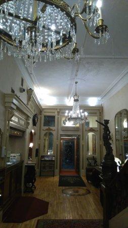 Waverley Inn: Reception area