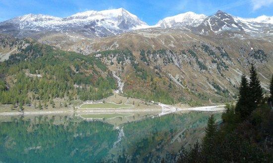 Lappago, Taliansko: Veduta del lago