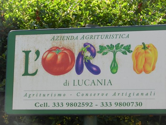 L'Orto di Lucania: Sign at entrance