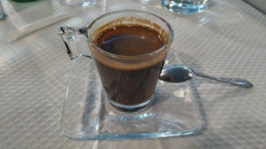 Asnieres-sur-Seine, Frankrig: café syrien