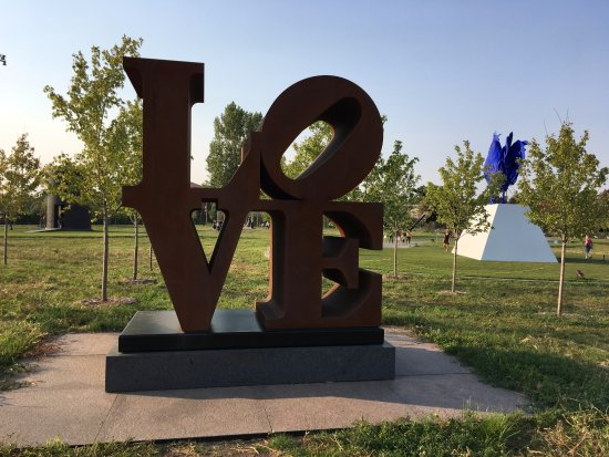 Love By Robert Indiana Picture Of Minneapolis Sculpture Garden Minneapolis Tripadvisor