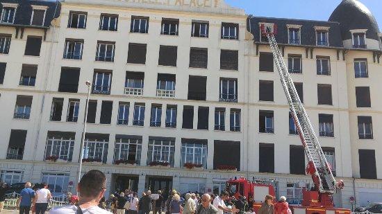 Office de tourisme de Trouville: Au feu les pompiers!