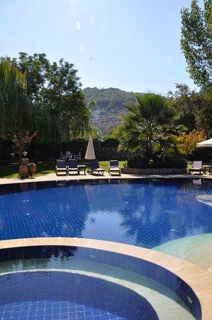 Izela Restaurant: Pool area