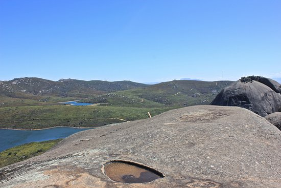 Paarl, África do Sul: the reservoirs from the top of Bretagna