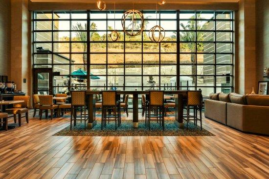 Mission Viejo, Califórnia: Lobby