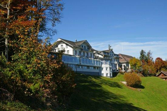 Emmenmatt, Switzerland: Goldener Herbst auf der Moosegg