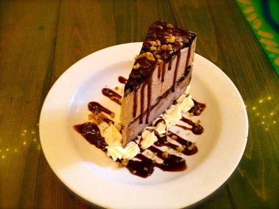 Heavenly mile high mud pie picture of sanibel fish house for Sanibel fish house