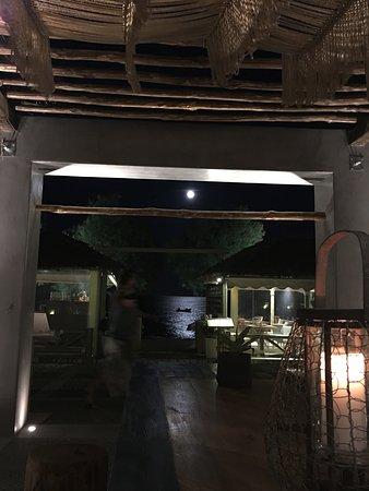 Prince Bar Restaurant Photo