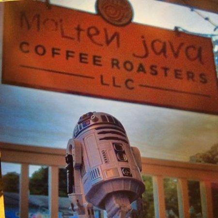Bethel, CT: Molten Java