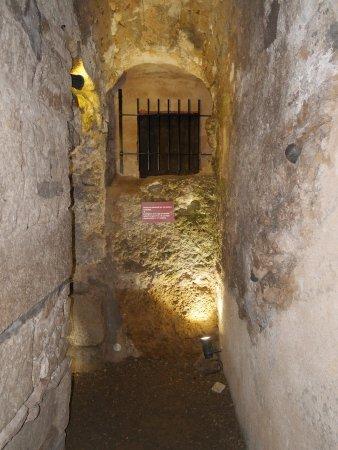 Narbonne, France : fin d'une galerie de côté