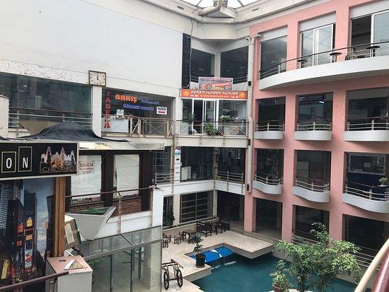 Kemer Plaza Alışveriş Merkezi