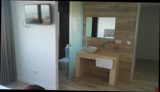 Hotel Montanes: IMG_20171012_174334_large.jpg