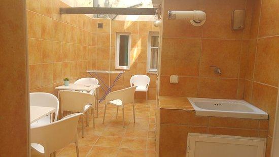 Pequeña Terraza Y Lavadero Picture Of Roomconcept Hostel