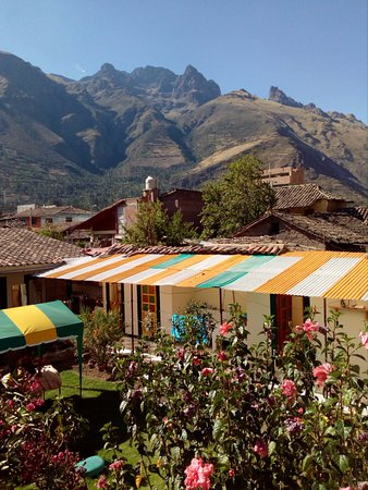 Calca, Perú: vista del jardin