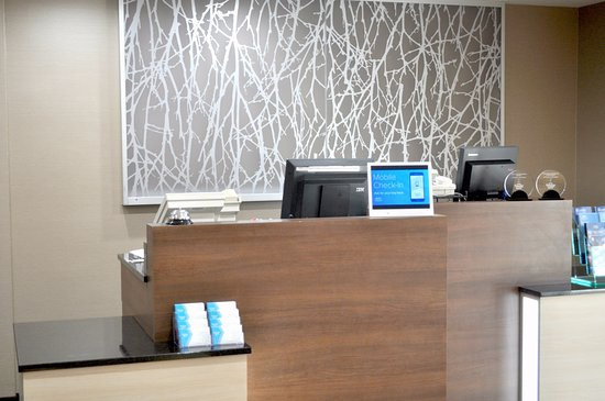 Streetsboro, OH: Newly Renovated Front Desk