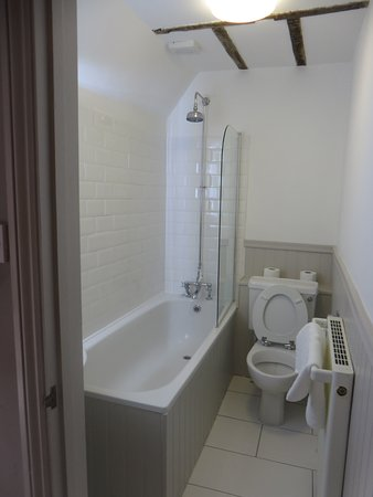 Wye, UK: Our ensuite bathroom