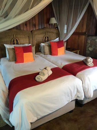 Pongola, South Africa: Die Lodge ist einfach sehr stimmig und der Natur angepasst  !!