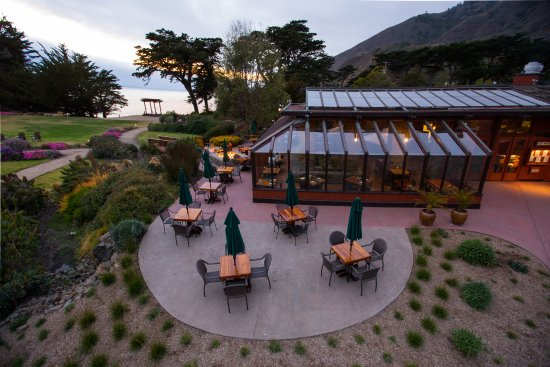 Ragged Point Inn: This is our beautiful glass dining room