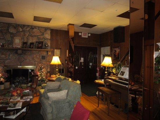 Dushore, Pensilvania: Main room, 1st floor