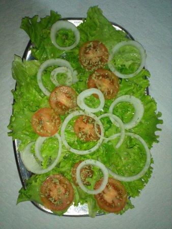 Alcanede, โปรตุเกส: salada - produção própria