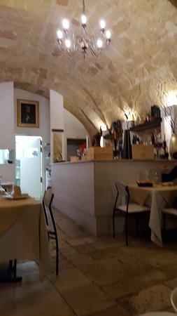 Gioia del Colle, Italia: interno ristorante