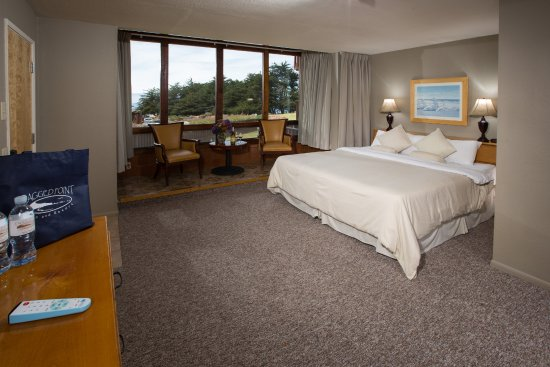 Ragged Point Inn: This is one of our garden view rooms