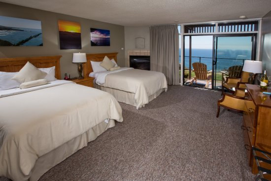 Ragged Point Inn: This is a cliffside room on the ground floor
